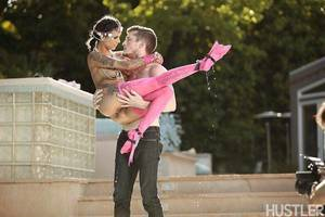 Heavily inked teen pornstar Bonnie Rotten heavenly anal intercourse in pink stockings