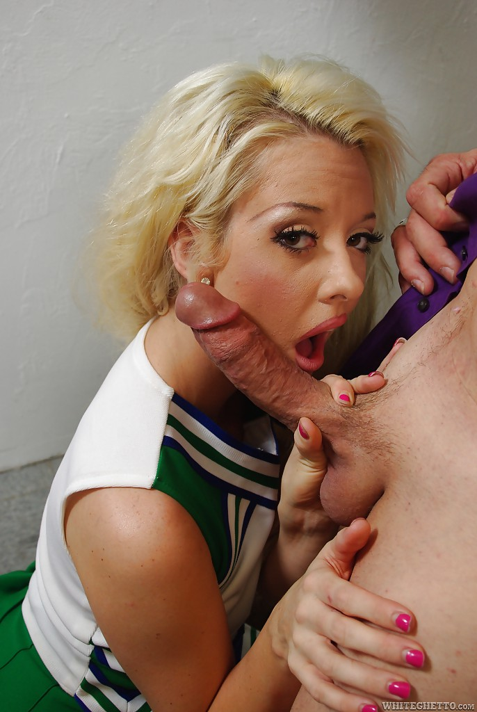 Hot cheerleader Courtney Taylor gives a blowjob and gets fucked hardcore