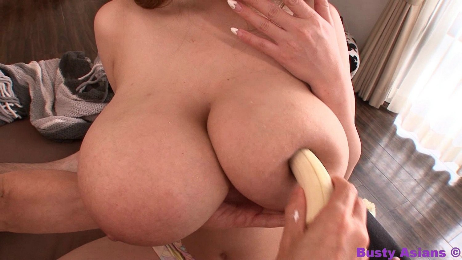 Appealing eastern adolescent hitomi tanaka rubbing her giant titties