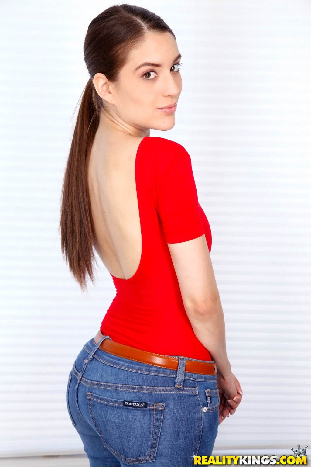 Adolescent zarena summers rough dug in her rectal opening