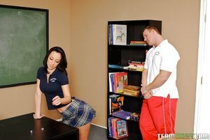 Bawdy teen Jada Stevens gains brutally screwed by her ally