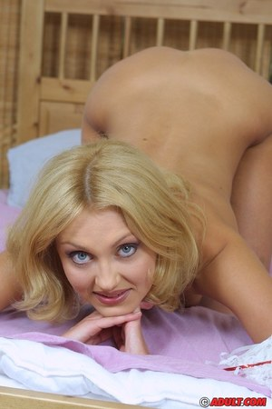 Smiley angel with willowy bends gets rid of her cheerleader uniform and underwear