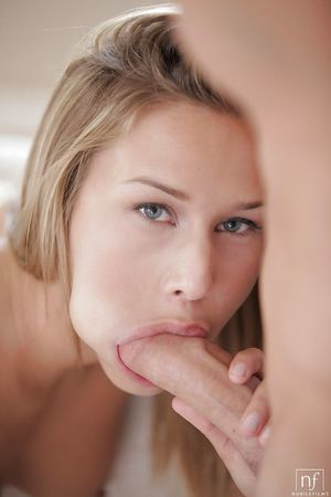 Blonde infant Kennedy Leigh taking in snake and eating sperm get joy a true wench
