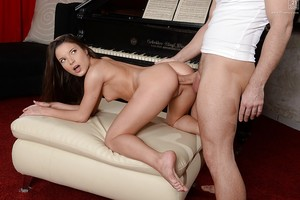 Tasteful and hot princess Anita Bellini accepts licked and penetrated intense