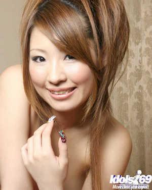 Smiley oriental juvenile Reon Kosaka showcasing her tempting changes direction