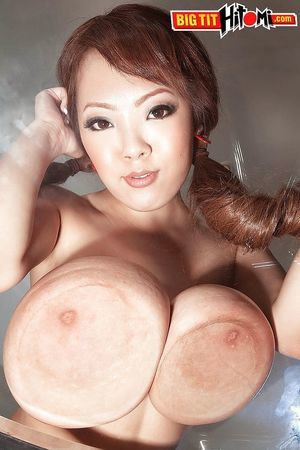 Oriental coed solo hotty Hitomi freeing big infant marangos from schoolgirl uniform