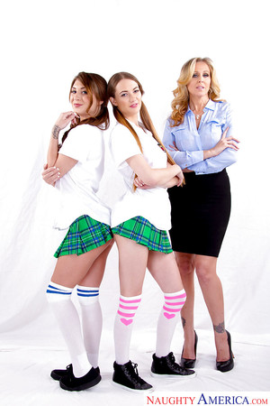 MILF Julia Ann screws sexual schoolgirls Samantha Hayes and JoJo Kiss