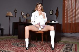 Office chicito Keisha Grey is revealing her tense gazoo in socks