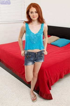 Teen lass Alice Untried erotic dance devoid of denim underclothing and jacking off