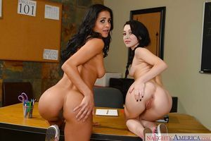Lesbian hotties Abby Lee Brazil and Sandra Luberc are posing fully undressed