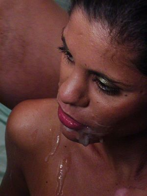 Jizz starving latina cunt Melissa Rey receives double facial spunk flow