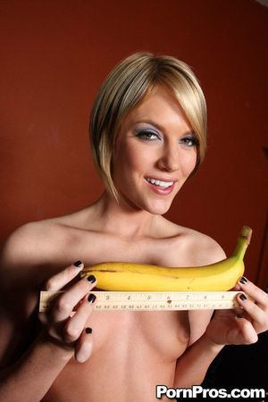 Juvenile beauty Riley Rey takes her clothes off and plays with toys to show her bottomless mouth