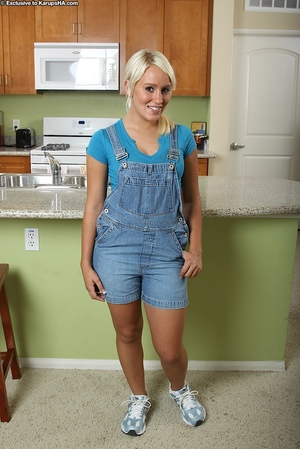 Smiley lass Sophie Ryan showing what\'s under her sexy underwear