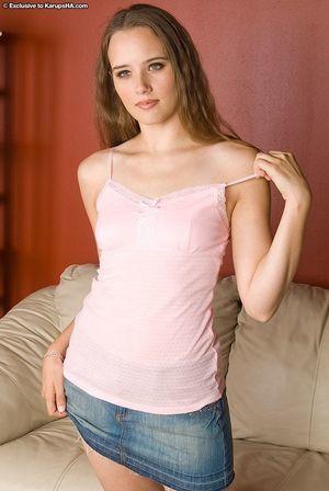 Slight 18 year old teen Nikki erotic dancing naked for uncovered modeling debut