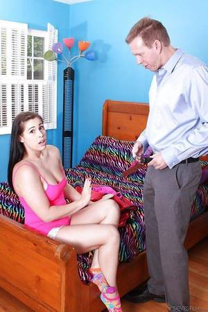 Teen chicito Edyn Davis dose number 1 category handjob and facefucking