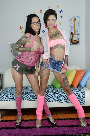 Teenage queens Bonnie Rotten & Lily Lane erotic dancing mutually