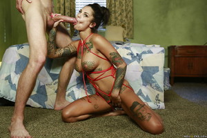 Tattooed real life adolescent Bonnie Rotten enjoys immense pecker hidden of her muff