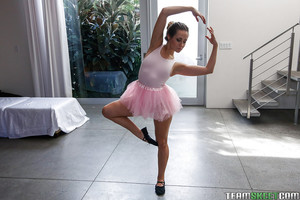 Coed hotty and ballerina Cassidy Klein flashing miniature tits after workout