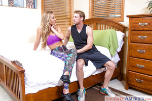 Rounded fairy coed Nicole Aniston riding shlong for spunk flow on scones