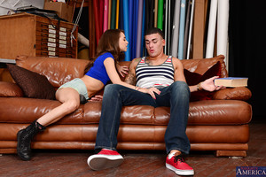 Diet infant Riley Reid fond of giving blowjobs to dirty males