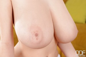 Enormous billibongs infant model Lucie Wilde is showing her body in close up