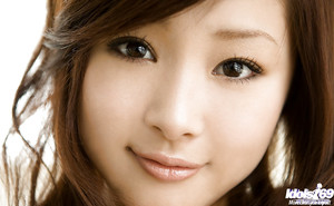 Amazingly enchanting oriental angel Suzuka Ishikawa uncovering her enchanting bends