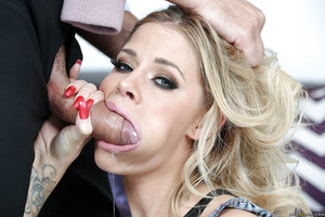 Dressed blonde dear Jessa Rhodes on knees for face smoking