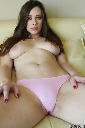 Hot amateur pictures this babe is as this babe stripped off down and teases her bawdy cleft