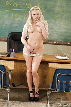 Boobsy fairy-haired schoolgirl Lexi Bell erotic dance nude in classroom