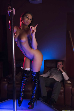 Adolescent pornstar Abella Danger working stripper pole in aspire boots for specie