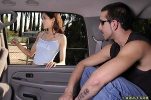 Slippy teenie in jeans shorts gains talked adores a fellatio in the car