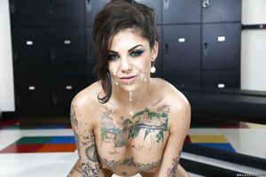 Bonnie Rotten is entrancing part in a keen orgy groupsex activity