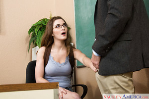 Guiltless coed Molly Jane gives her patriarch a smokin\' bottomless delight