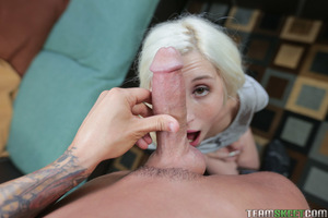 Young golden-haired courtesan with bracelets Piper Perri sucks 10-Pounder and takes creampie