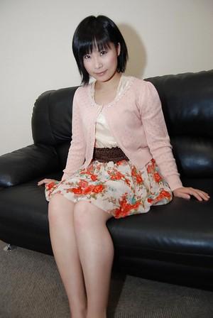 Japanese chicito Minori Nagakawa erotic dancing down and exposing her shaggy muff