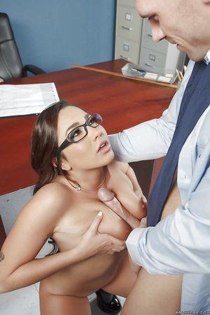 Barely legal schoolgirl Karlee Grey getting face owned on teacher\'s desk