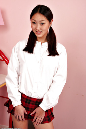 Cute Japanese 1st timer Evelyn Lin erotic dancing off schoolgirl uniform