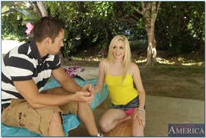 Rounded adolescent Rylie Richman obtains her adult baby pussy screwed massive inside