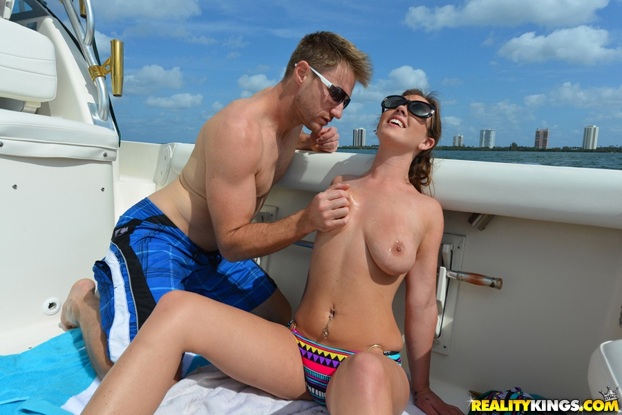 Young whore Alice Lighthouse finger fucking cunt while taking anal outdoors