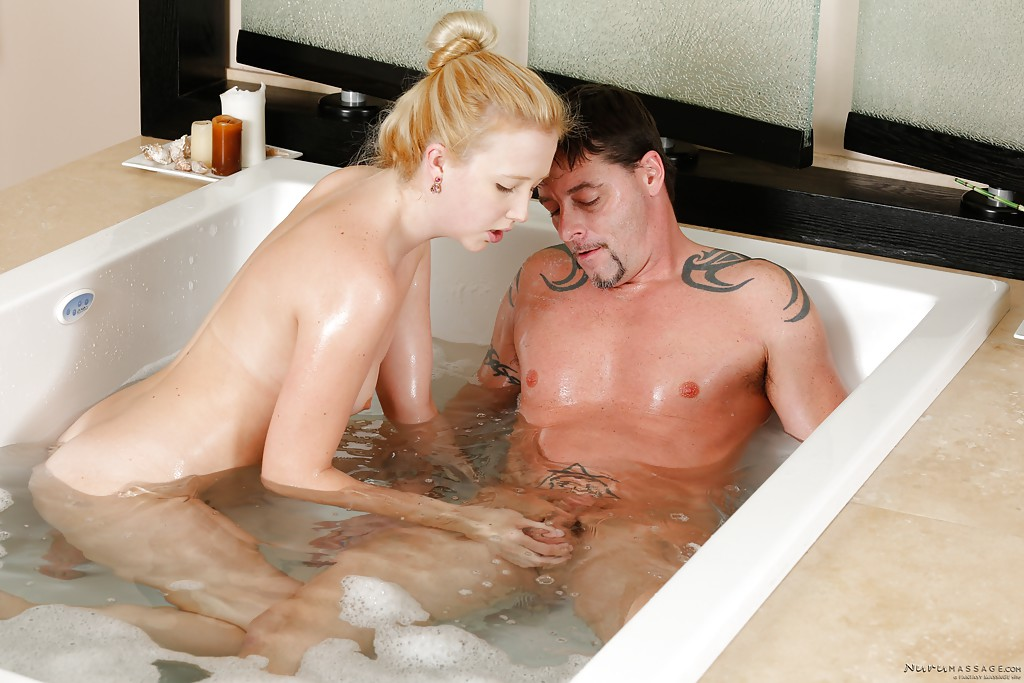 Blonde chick Samantha Rone giving handjob and blowjob in bathtub