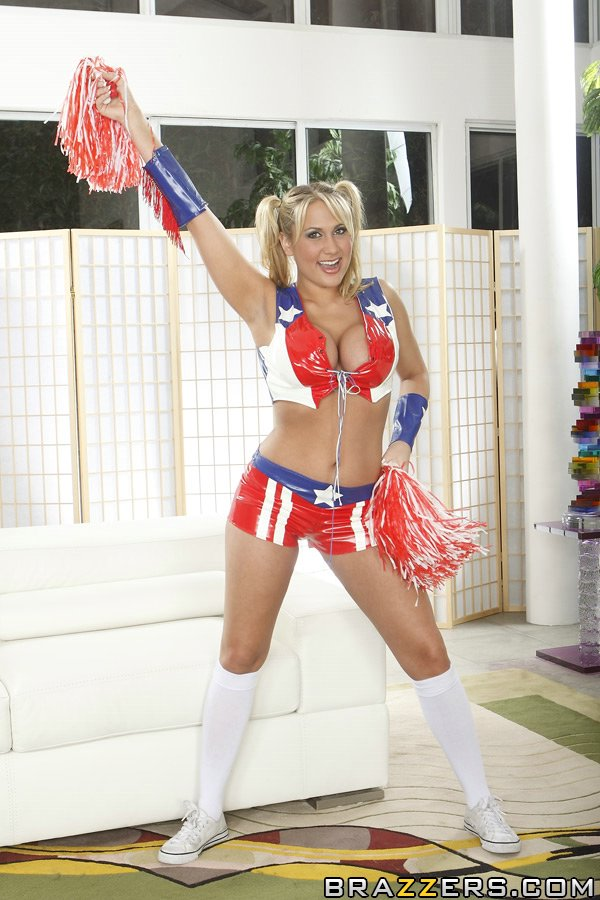 Cheerleader babe Alanah Rae strips to her socks and shows her boobs