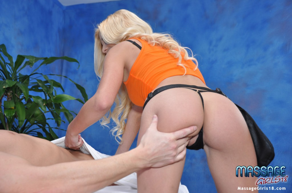 Lascivious teen blonde with small tits gets her shaved twat nailed hardcore