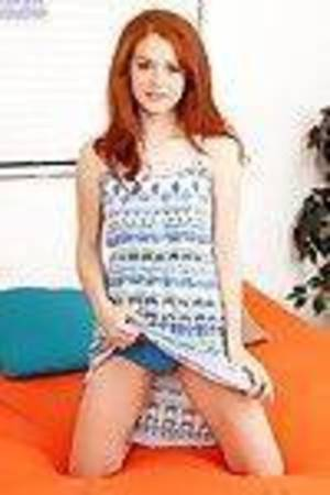 Fascinating amateur actress Alice New masturbates with such a infatuation