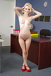 Meager schoolgirl Sammie Daniels demonstrates her extraordinary shape