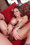 Youthful babe Rachel Roxxx fucks a massive pecker with her billibongs revealed