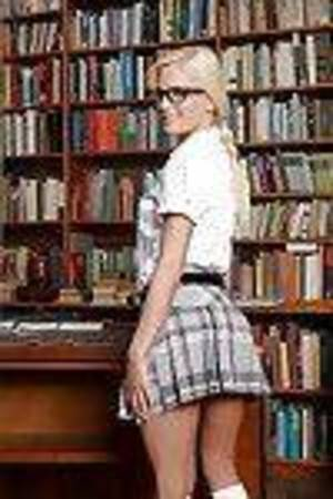 Blonde Euro chicita Candee Licious hikes schoolgirl petticoat to jiffy shorts
