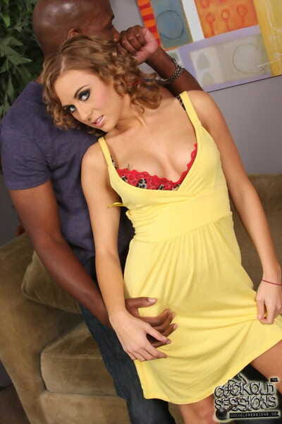 Shocking Mae Meyers makes her boy cuckold despite the fact shes enjoying a BBC