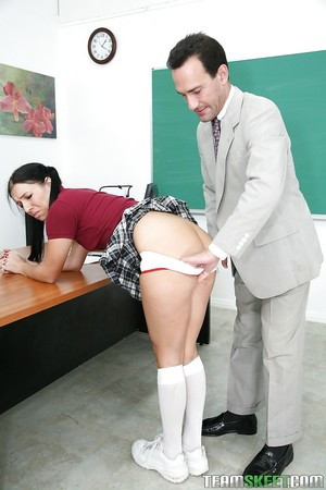 Glamorous Ashli Orion is being licked out in the focal point of the classroom